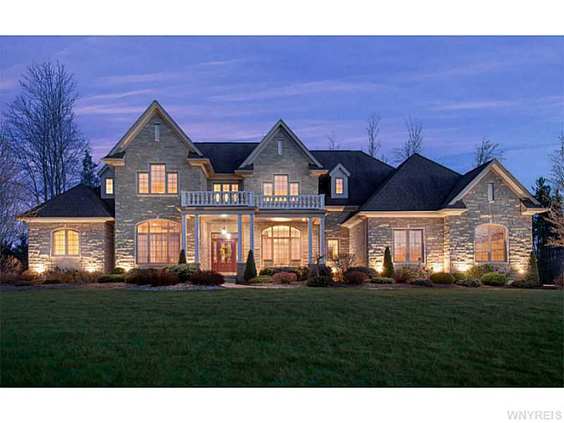 47 Birdsong Pkwy, Orchard Park, NY