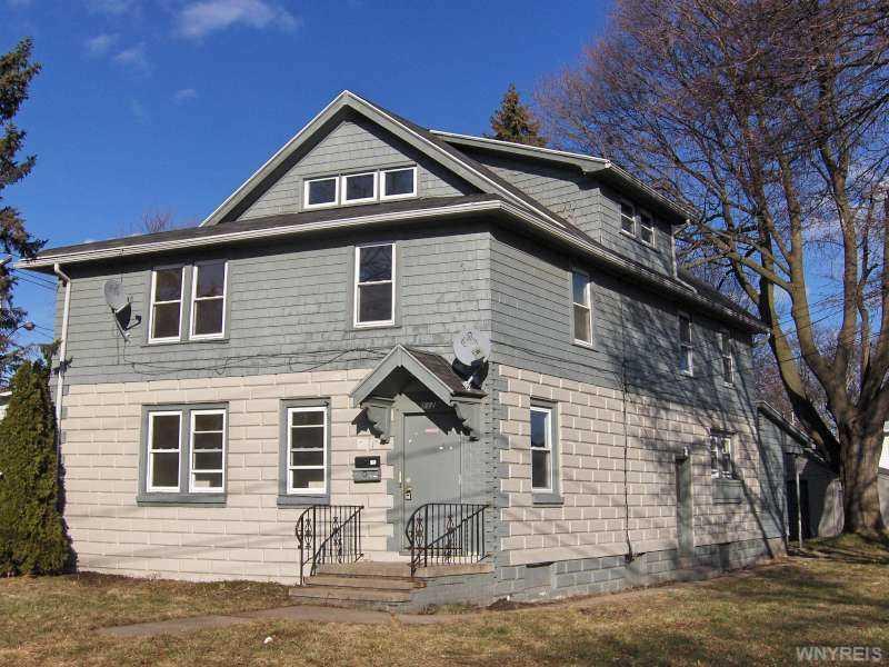 112 Oak St, East Rochester, NY
