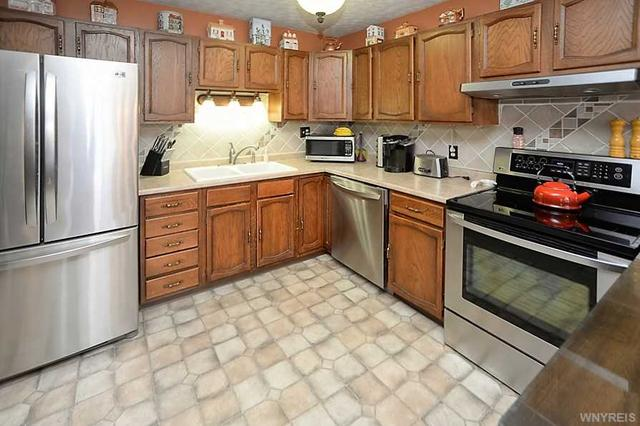 5259 Howe Hill Rd, Great Valley NY 14741