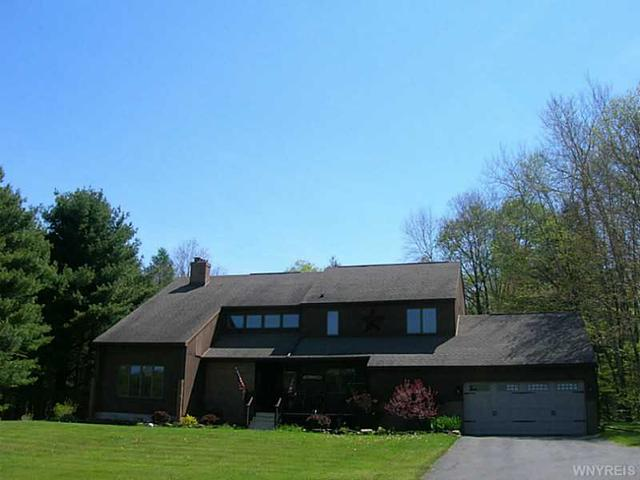 6110 Fairview Ln Great Valley, NY 14741