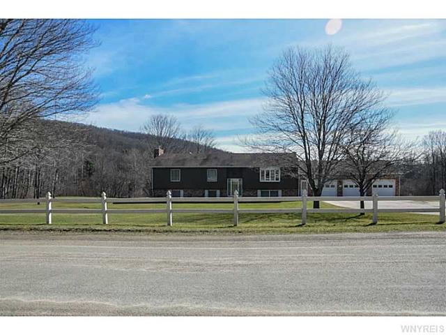 3181 W Valley View Dr, Allegany, NY 14706