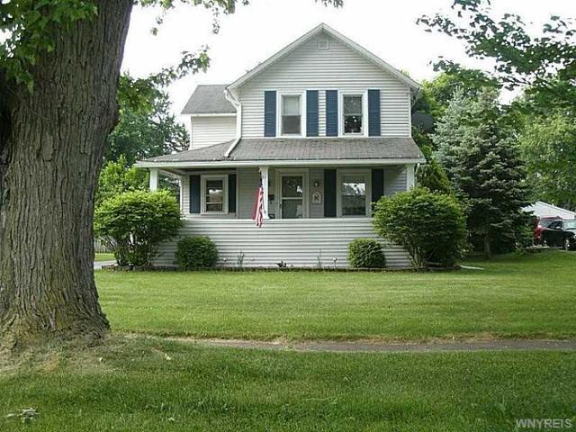 31 Francis St, Middleport, NY 14105