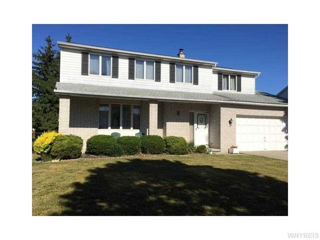 34 Tanglewood Dr Lancaster, NY 14086
