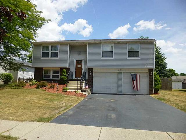 1393 Vanderbilt Ave, North Tonawanda, NY 14120
