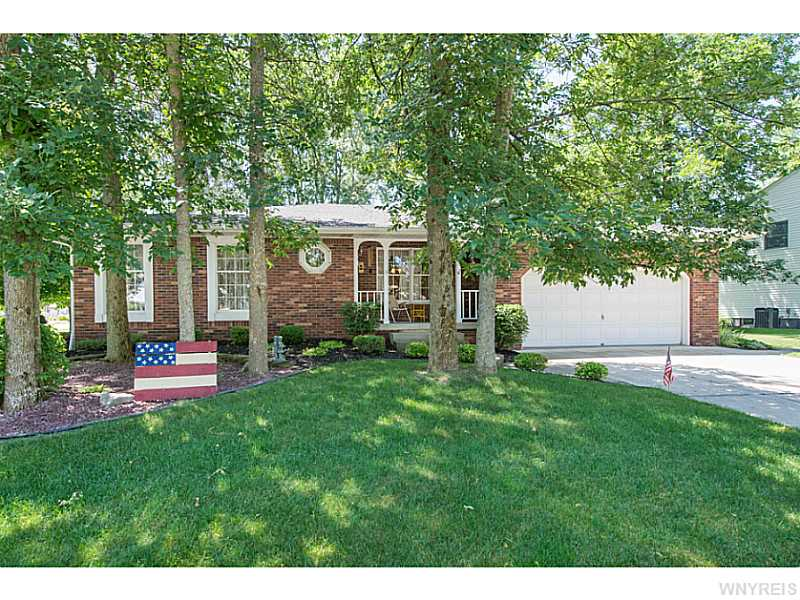 18 Deer Path, Buffalo, NY 14224
