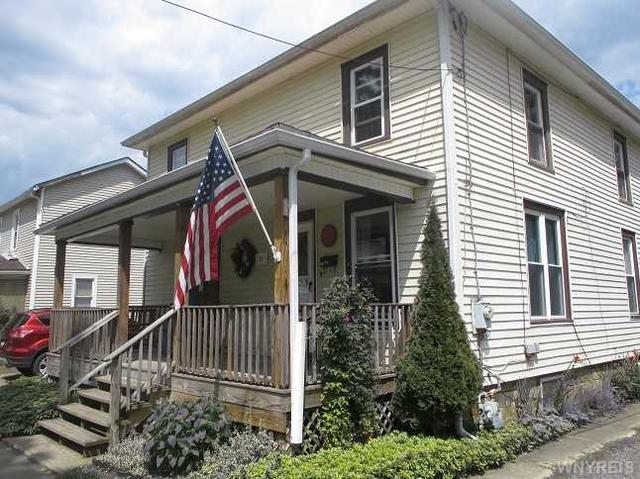 25 Church St, Franklinville, NY 14737