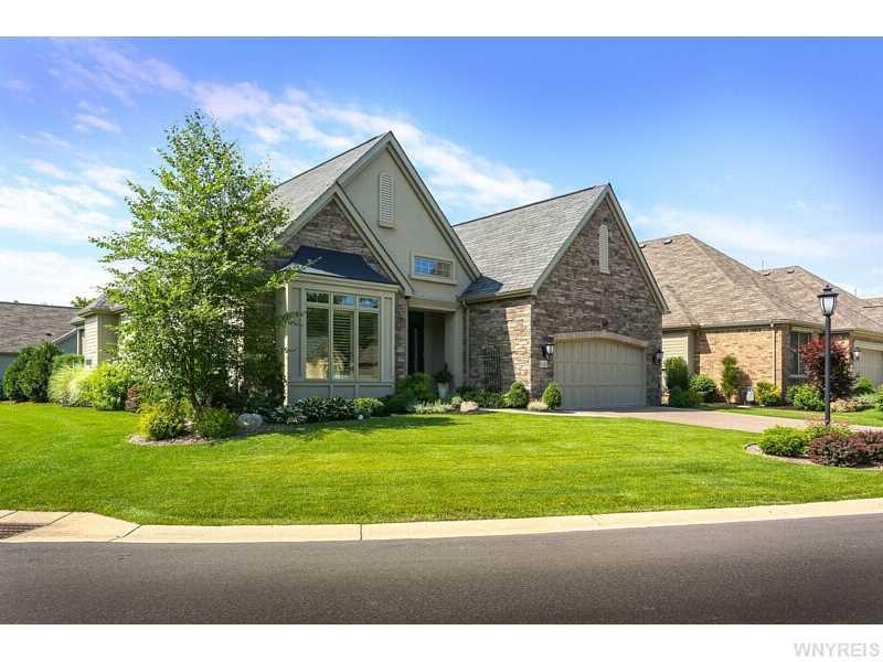 141 Harbridge Manor, Buffalo, NY 14221