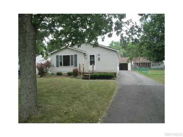 335 Summit Blvd, North Tonawanda, NY 14120