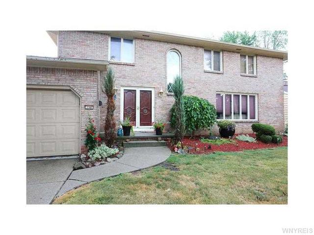 158 Cherrywood Dr, Williamsville, NY 14221