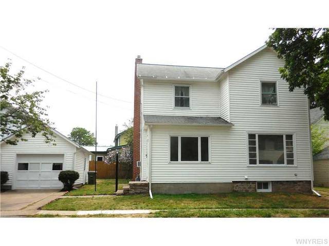 7 Terry St, Middleport, NY 14105