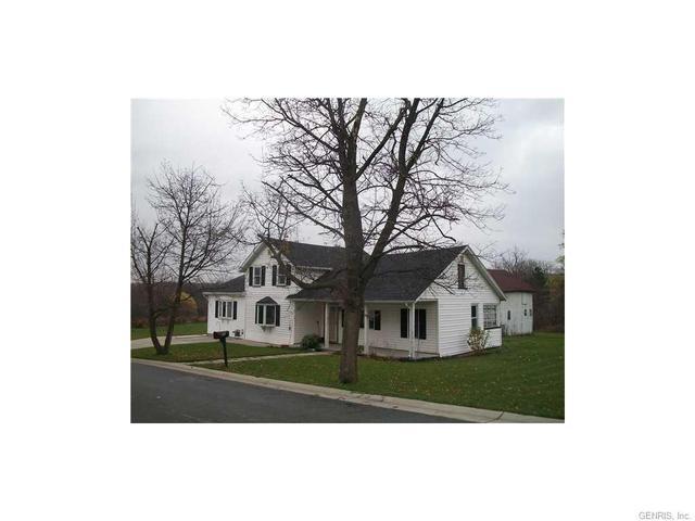 25 Church St, Honeoye, NY 14471