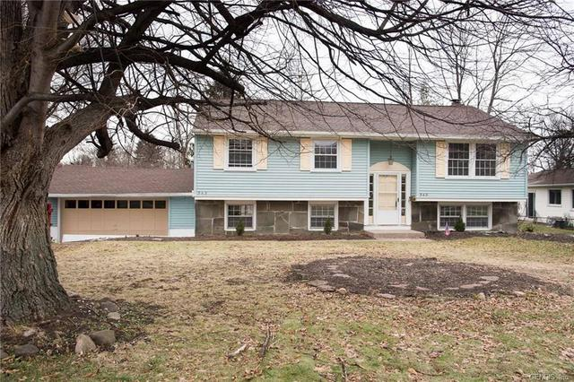 545 Meadowbriar Rd, Rochester, NY 14616