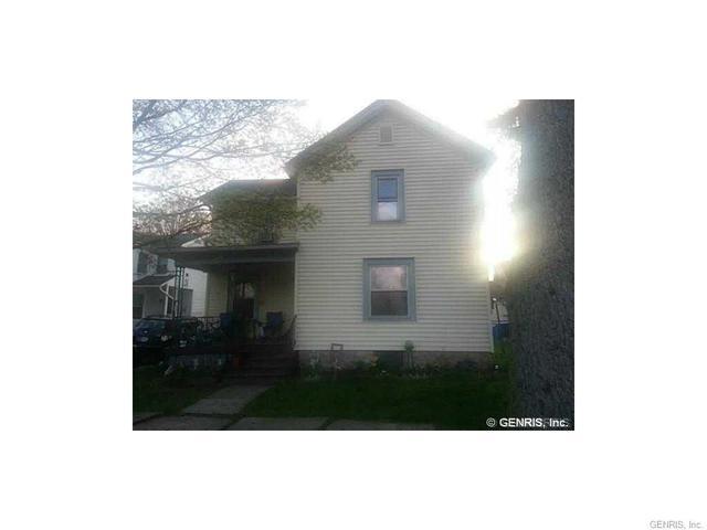 12 Morton Ave, Lockport, NY 14094