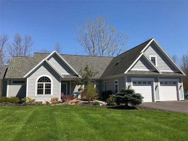 7658 Rockledge Dr, Ontario, NY 14519