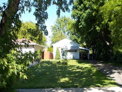 84 Leicestershire Rd, Rochester, NY 14621