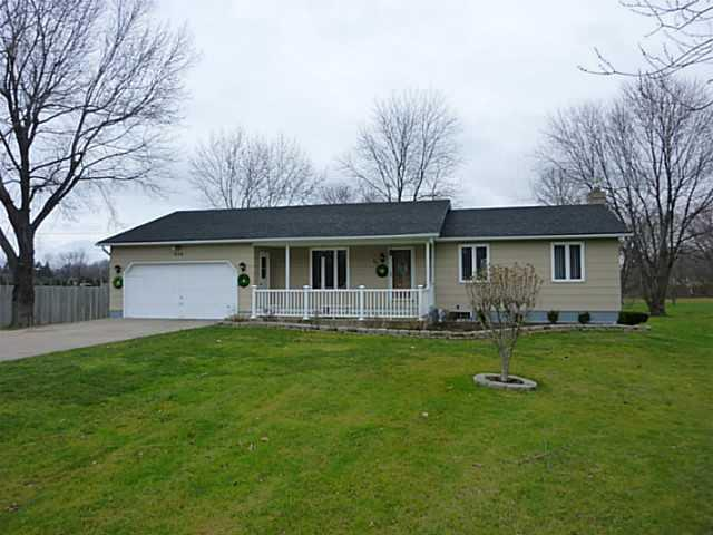 808 Long Pond Rd, Rochester, NY 14612