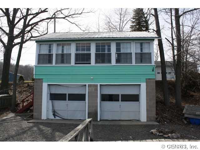 5895 Vineyard Road Extension, Romulus, NY 14541