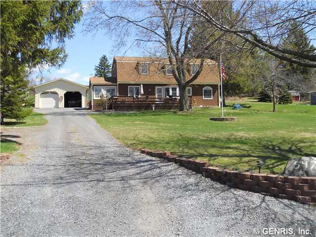5471 E Lake Rd, Romulus, NY 14541