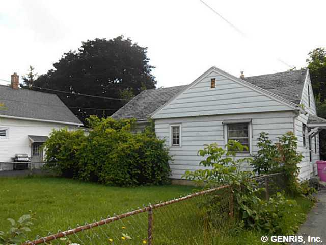 50 Lee Rd, Rochester, NY