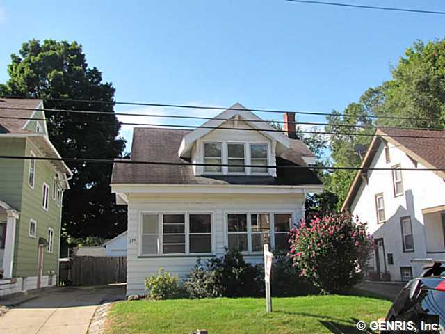 126 W Ivy St, East Rochester, NY