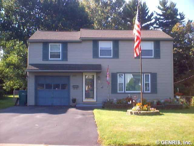 291 Pattonwood Dr, Rochester, NY
