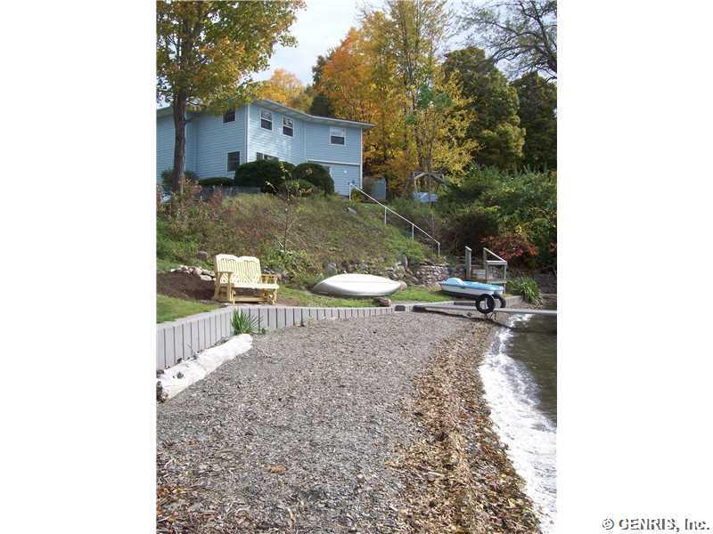 5452 E Lake Rd, Honeoye, NY