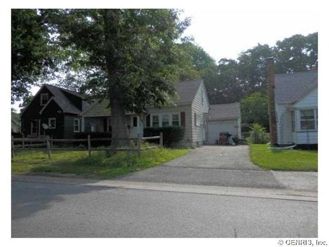 333 Forgham Rd, Rochester, NY 14616