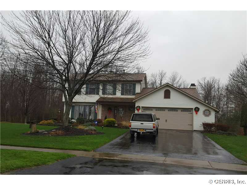 270 Guinevere Dr, Rochester, NY