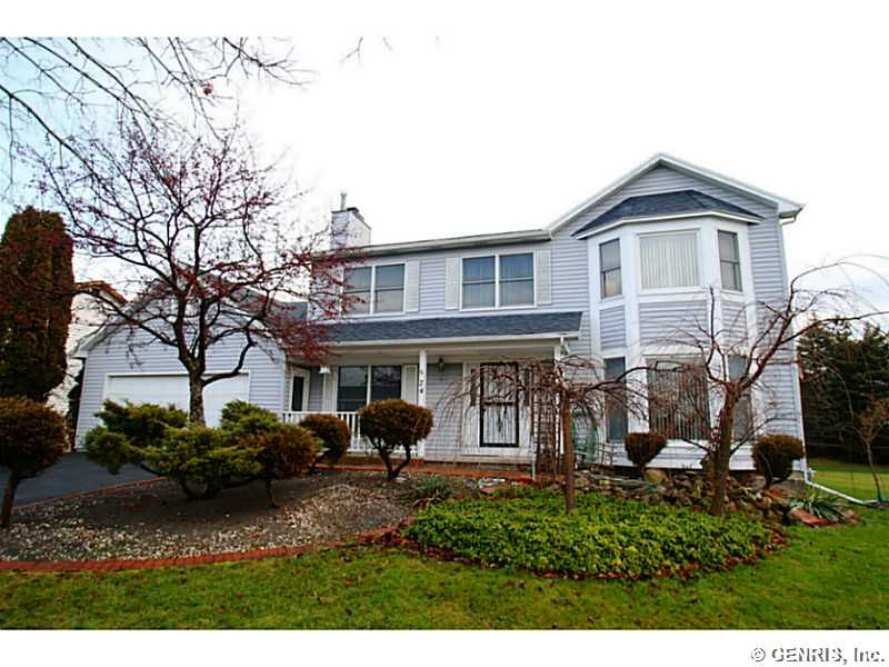 74 Lansmere Way, Rochester, NY