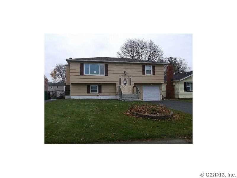 290 Ridgewood Rd, Rochester, NY