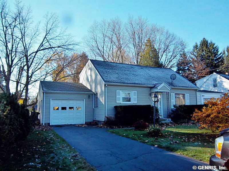 211 Chestnut Ridge Rd, Rochester, NY