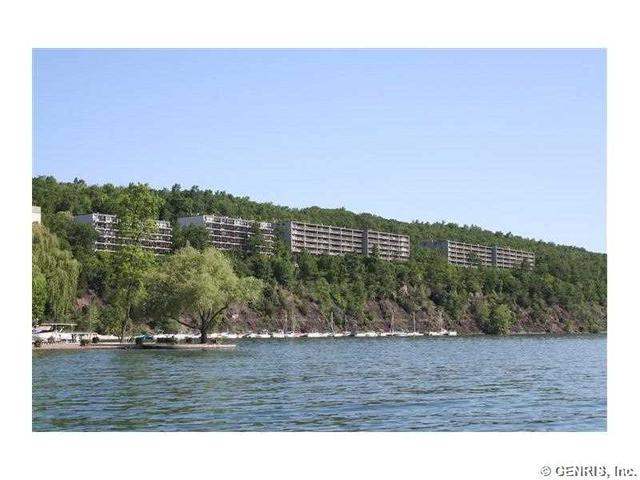 163 Cliffside Dr, Canandaigua, NY 14424