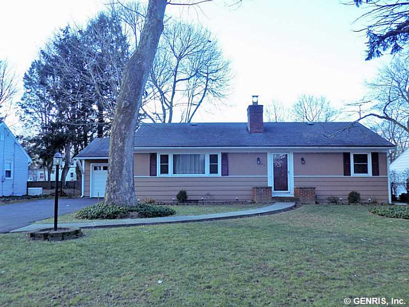 61 Tyringham Rd, Rochester, NY