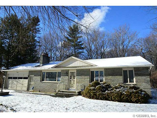 265 Dale Rd, Rochester, NY 14625