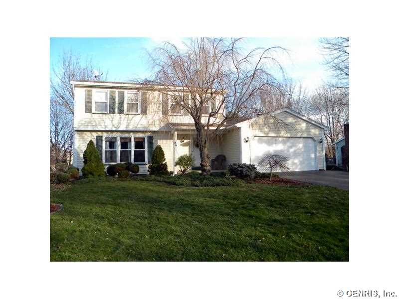 86 W Bend Dr, Rochester, NY