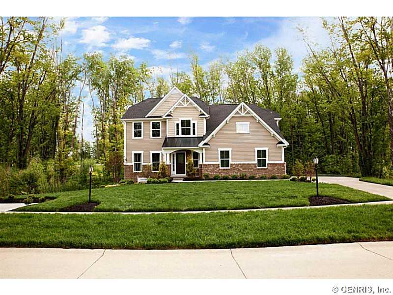 542 Hills Pond Rd, Webster, NY