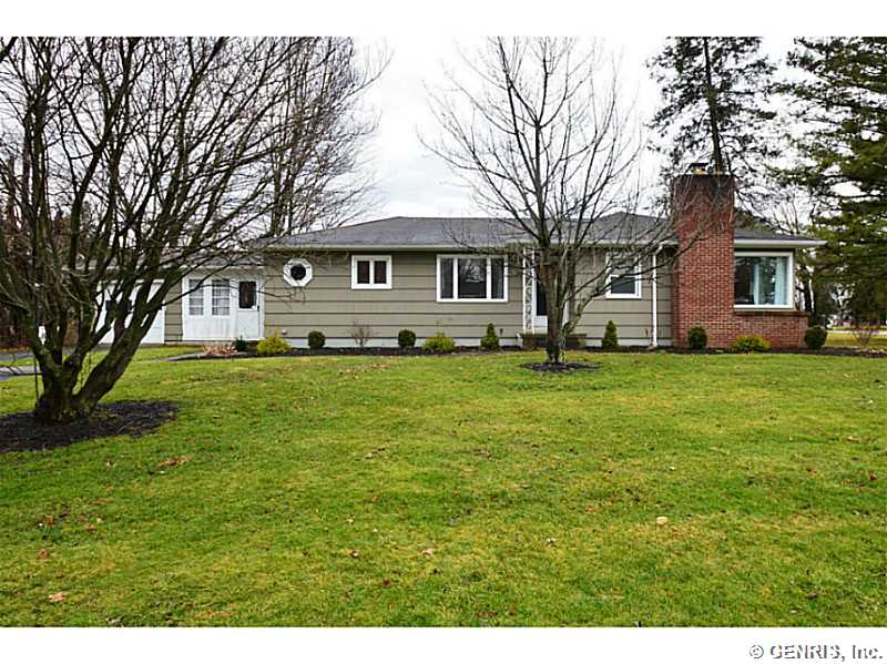 19 Earl Dr, Rochester, NY