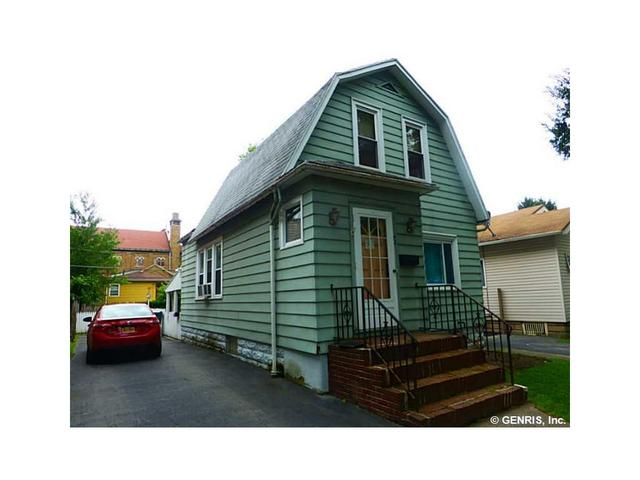 71 Delamaine Dr, Rochester, NY 14621
