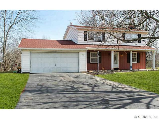 100 Kenwick Dr, Rochester, NY
