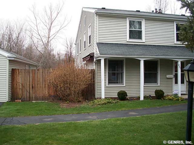 887 Hidden Valley Rd, Rochester, NY