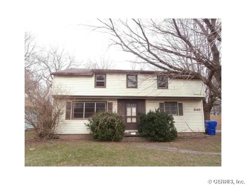 240 Fetzner Rd, Rochester, NY