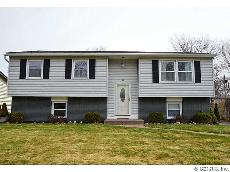 78 Barbie Dr, Rochester, NY