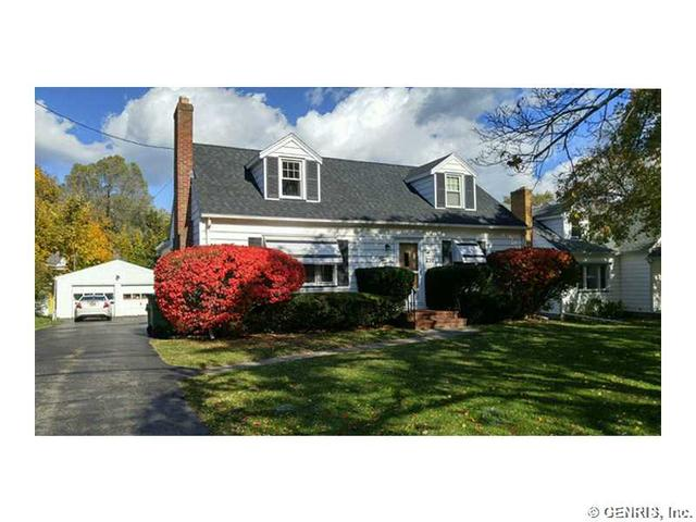 230 Colebrook Dr, Rochester, NY