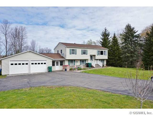 4265 Ridge Rd, Williamson, NY