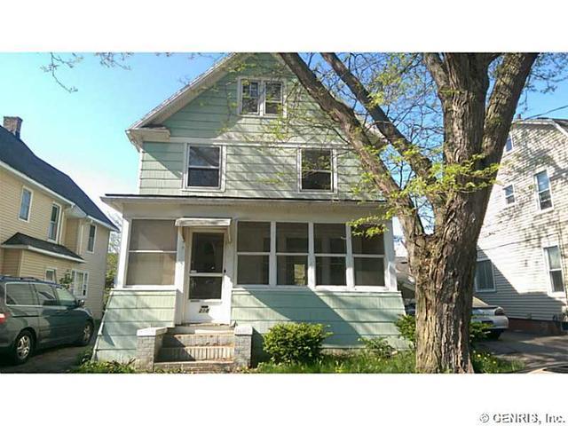 218 E Chestnut St, East Rochester, NY