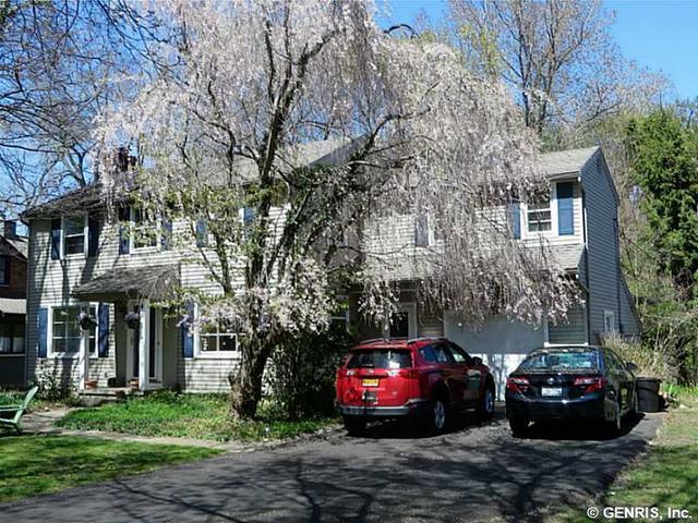 126 Bellehurst Dr, Rochester, NY