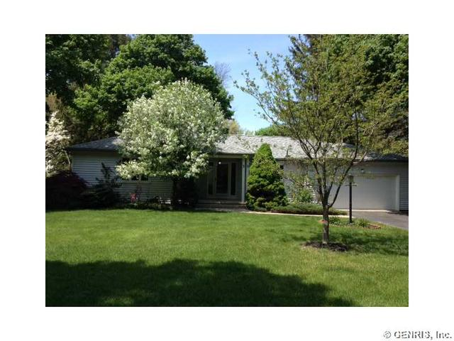 39 Mount Airy Dr, Rochester, NY