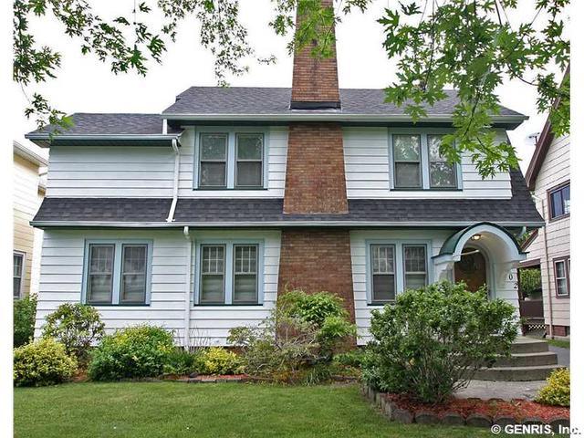 202 Wimbledon Rd, Rochester, NY 14617