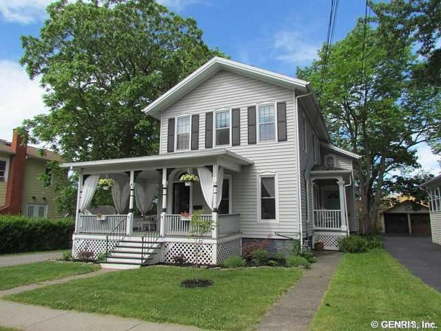 14 South St, Le Roy, NY 14482