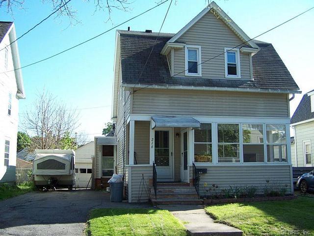 216 E Chestnut St, East Rochester, NY 14445